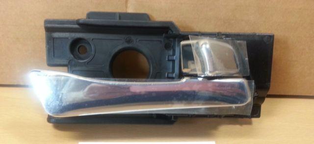 ручка двери пластмассовая SOLARIS 826201R010CR